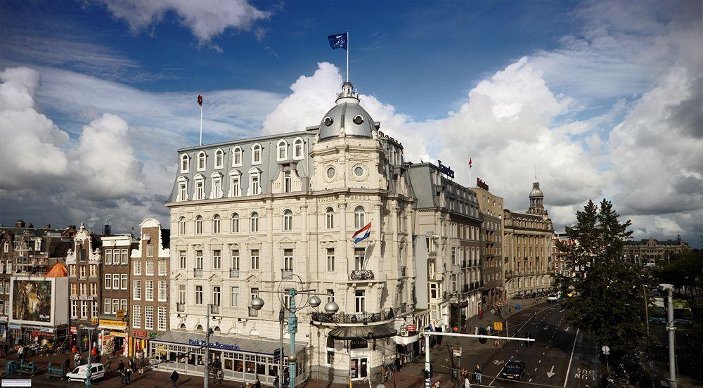 Park Plaza Victoria Amsterdam Hotel, Damrak 1-5, 1012 LG Amsterdam, Netherlands (1/3)