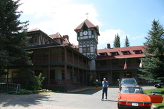 redstone Inn outside