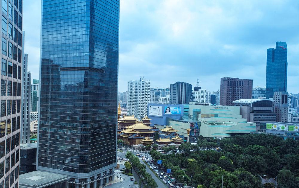 Hilton Shanghai, 250 Hua Shan Road, Shanghai, Shanghai, 200040, China (3/5)