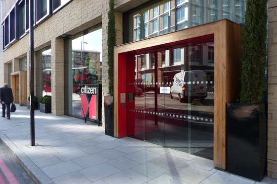 Citizenm hotel 20 lavington st london se1 0nz uk val for Citizenm hotel london