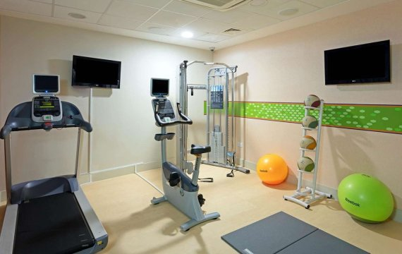 hampton by hilton gym